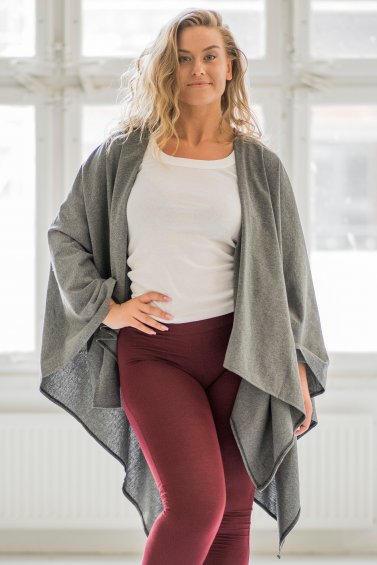 Open Poncho Embrace Eco Grey