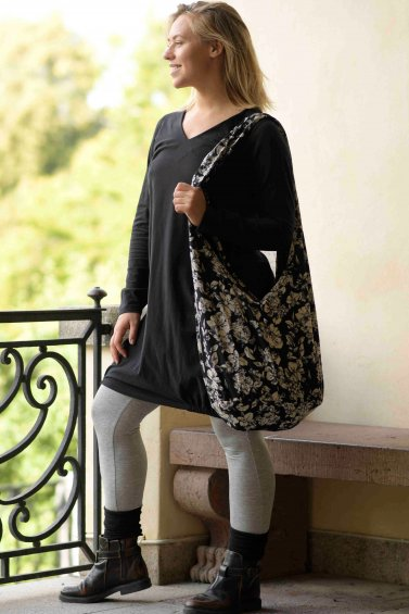 Hang Flower Bag Black White